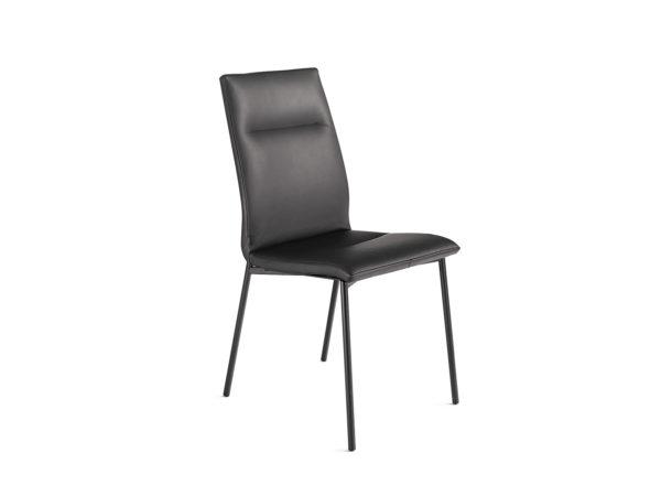 03: Stuhl mit feinem 4-Fuss-Gestell in Metall