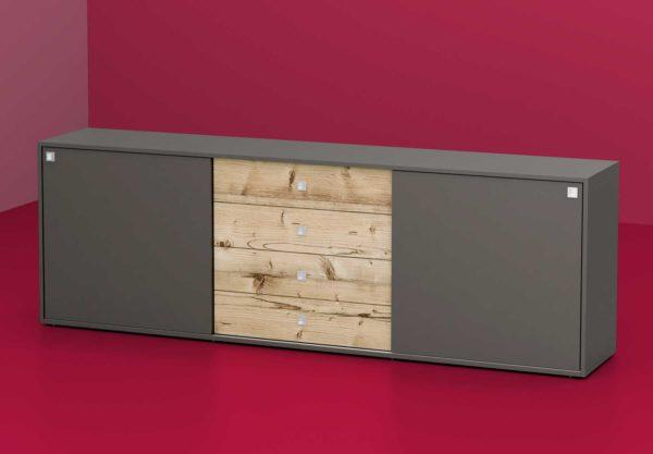 35: Sideboard mit Schwebetüren