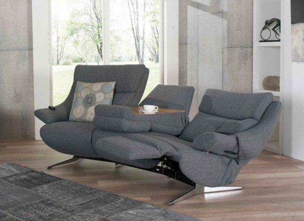 19: Trapez-Sofa