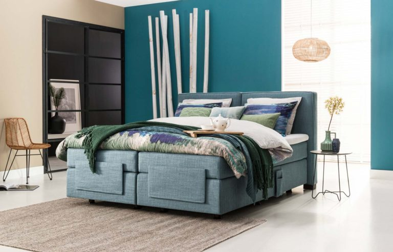 01: Boxspring-Bett 180 x 200 cm mit 2 Einzelboxen elektrisch verstellbar