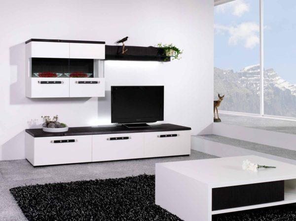 15: Wohnkombination in weiss mit schwarzen Abdeckblätter