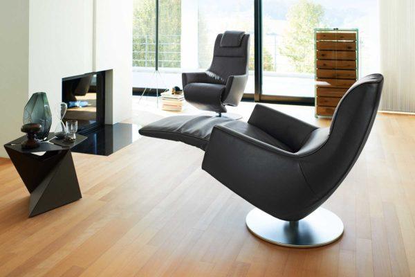 12: Unser Relax - der Aufstehhilfe und Design vereint