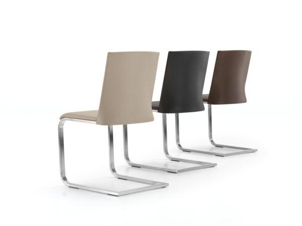 15: Runde Formgebung der Rückenlehne verleihen dem Stuhl einzigartige Optik sowie auch eine wohltuende Stützung im Rückenbereich