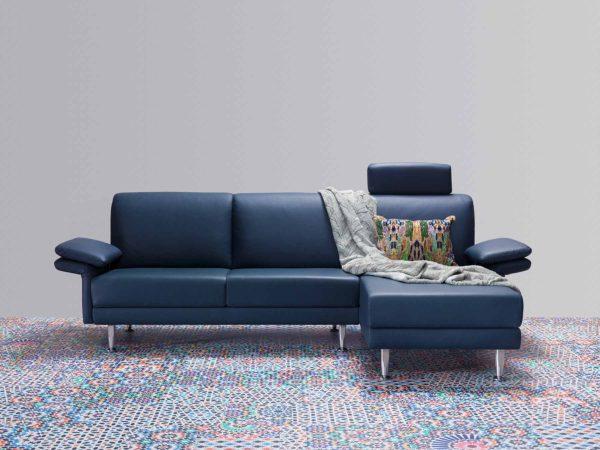 15: Elegante Polstergruppe mit Stil. Auch erhältlich als Sofagruppe ohne Liege.