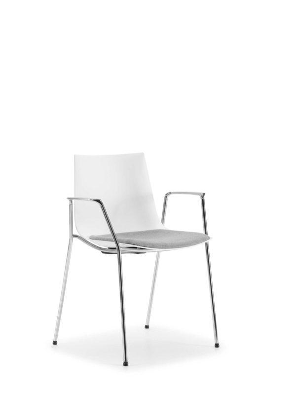 24: Elegant und bequem mit flexibler Sitzschale – in vielen Gestell- und Polstervarianten