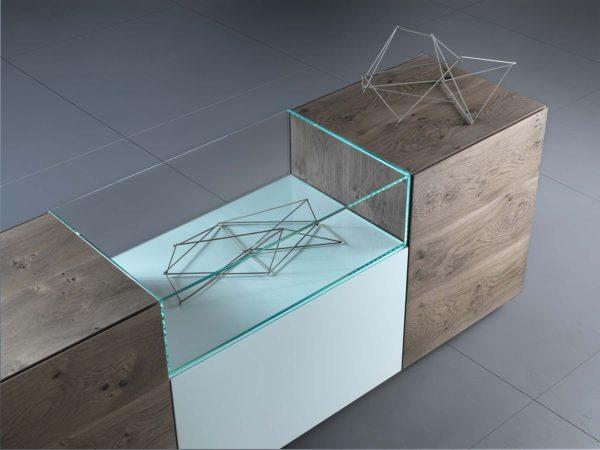 21: Glaseinsatz macht das Sideboard einfach schön und einzigartig