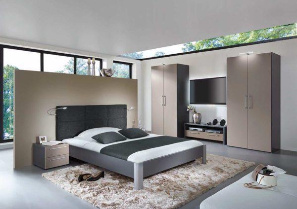 08: Schlafzimmer aus Schweizer Manufaktur in verschiedenen Dekors