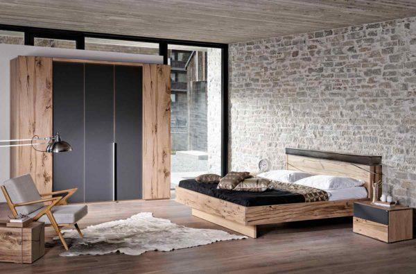 15: Schlafzimmer im Altholzdesign kombiniert mit Glas anthrazit