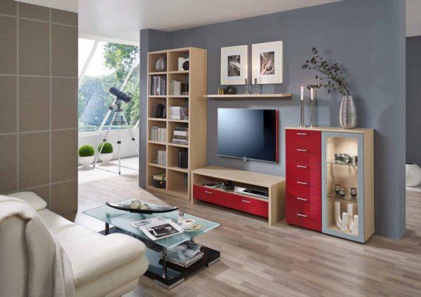 38: Wohnkombination mit integriertem Bücherregal